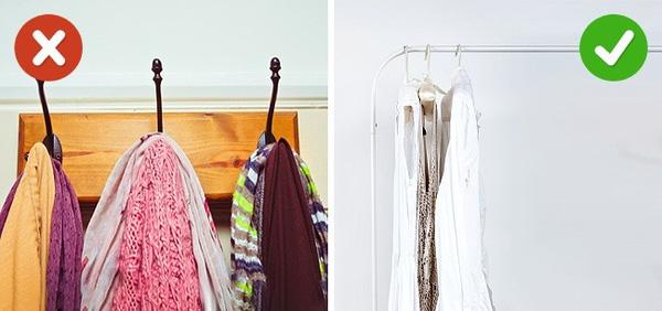 sắp xếp nhà cửa gọn gàng bằng cách dùng móc quần áo