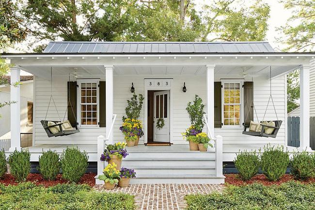 mái hiên rộng với nhà đẹp phong cách đồng quê