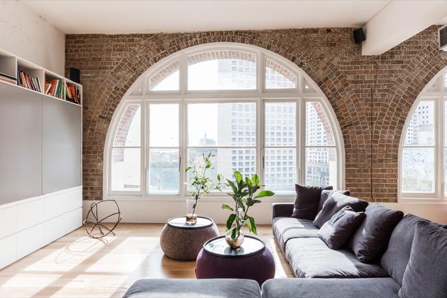 Mẫu phòng khách đẹp đến khó tả nhờ vào thiết kế tường gạch13