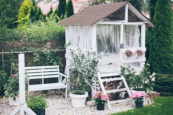 Nhà nghỉ ngơi ngọt ngào trong vườn đẹp như mơ