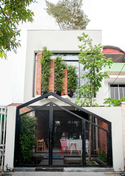 Thiết kế nhà phố 2 tầng kiêm quán cà phê ở Đà Nẵng (1)