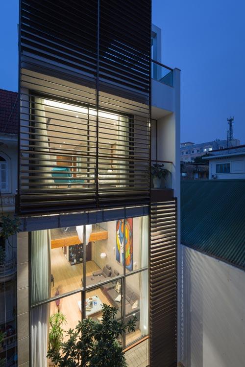 Nhà ống 5 tầng 350 m2 ở quận Hoàn Kiếm Hà Nội (1)
