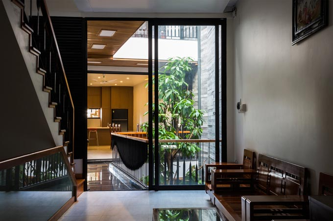 """Nhà ống 4 tầng """"Vườn Trong Phố"""" sâu 40 m ở Đà Nẵng (12)"""