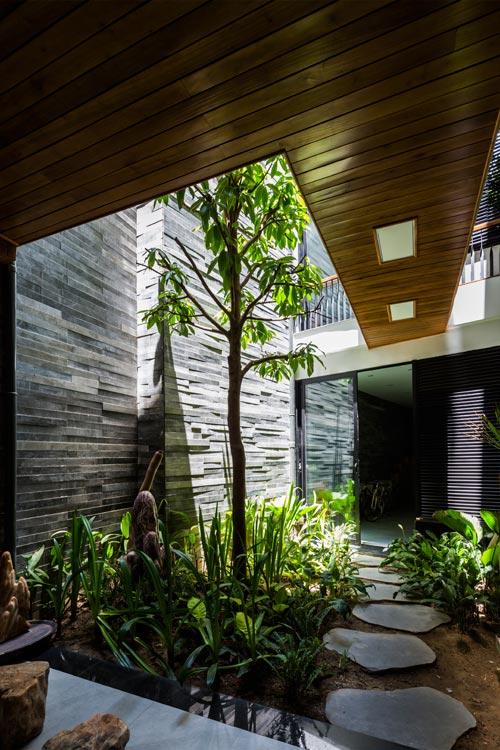 """Nhà ống 4 tầng """"Vườn Trong Phố"""" sâu 40 m ở Đà Nẵng (8)"""