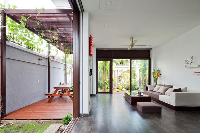 Nhà phố đẹp 2 tầng ở quận 2 Sài Gòn có mặt tiền biến đổi tùy thích (3)