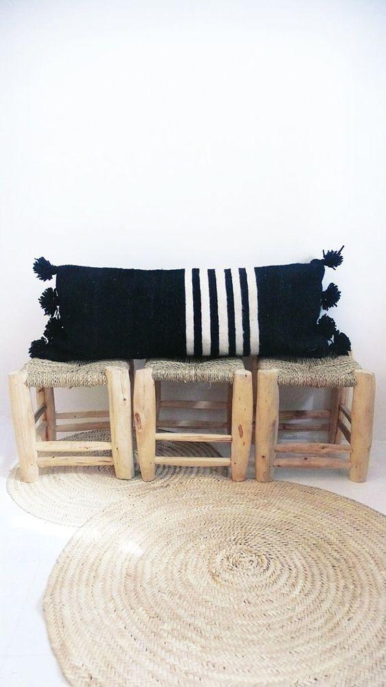 14 mẫu gối tựa lưng bằng len trang trí phòng khách đẹp hút mắt (1)