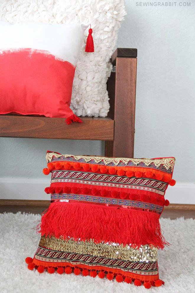 14 mẫu gối tựa lưng bằng len trang trí phòng khách đẹp hút mắt (14)