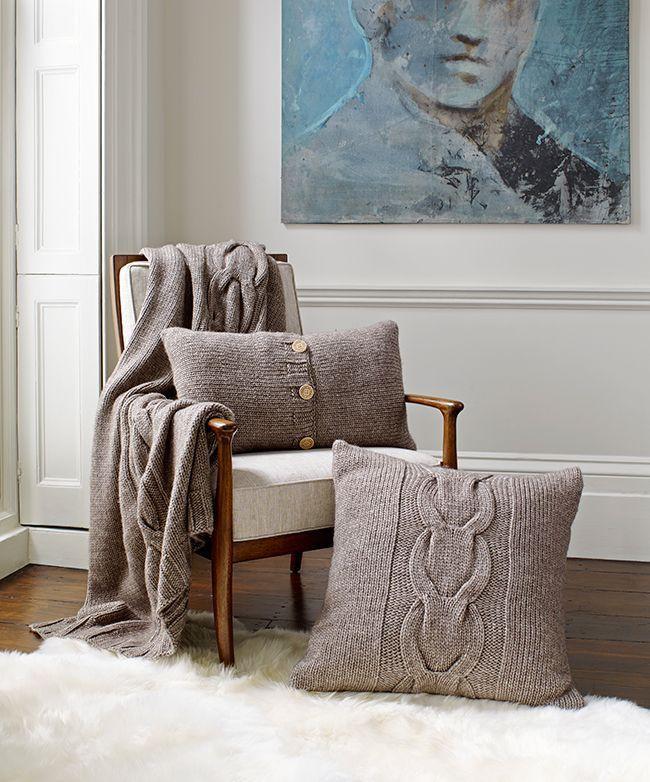 14 mẫu gối tựa lưng bằng len trang trí phòng khách đẹp hút mắt (7)