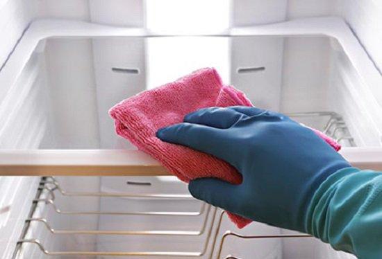 6 bước vệ sinh cho tủ lạnh phòng bếp sạch như mới (1)