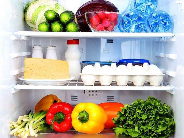 6 bước vệ sinh cho tủ lạnh phòng bếp sạch như mới (3)
