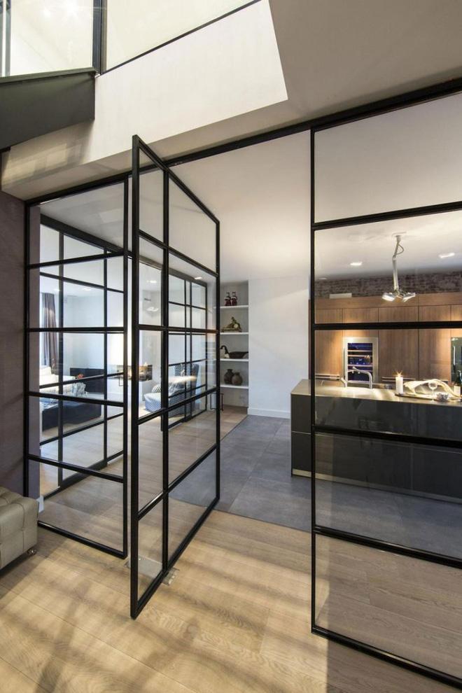 Cửa xoay – sự lựa chọn hàng đầu của các gia đình hiện đại (1)