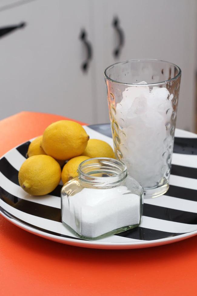 Hướng dẫn cách vệ sinh bồn rửa bát bằng các nguyên liệu tự nhiên (5)