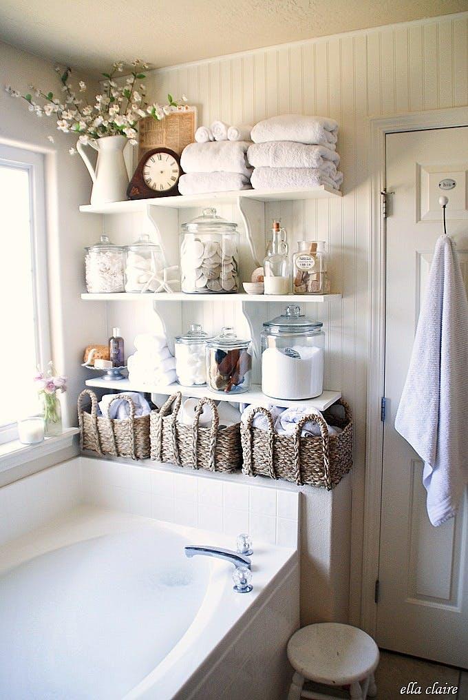 Store bathroom amenities in 7 unbelievable locations (5)