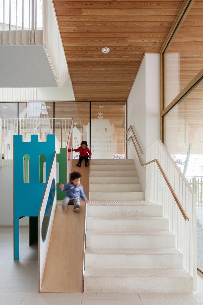 Những mẫu cầu thang đẹp kiêm khu vui chơi độc đáo cho trẻ (3)
