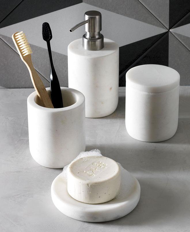 Trang trí phòng tắm sang chảnh hết nấc bằng đá cẩm thạch (11)