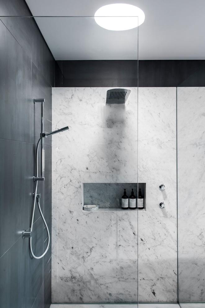 Trang trí phòng tắm sang chảnh hết nấc bằng đá cẩm thạch (6)