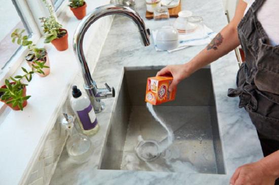 3 bước làm sạch bồn rửa bát chị em nên ghi nhớ nằm lòng - Nhà Đẹp Số (5)