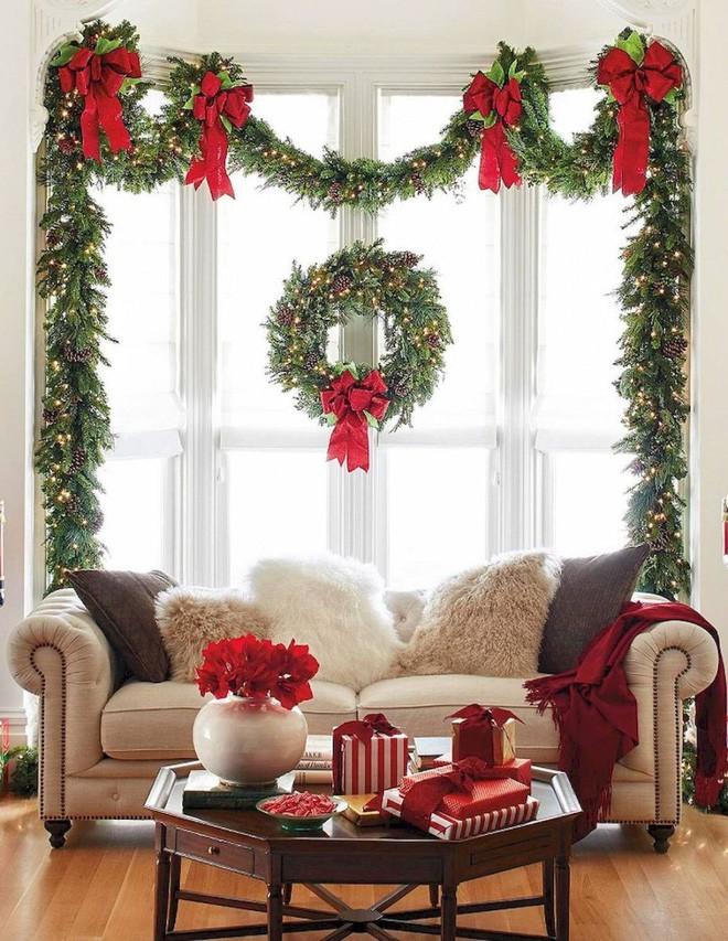 Các ý tưởng hay ho trang trí cửa sổ mừng Giáng sinh - Nhà Đẹp Số (1)