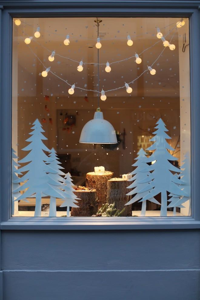 Các ý tưởng hay ho trang trí cửa sổ mừng Giáng sinh - Nhà Đẹp Số (12)