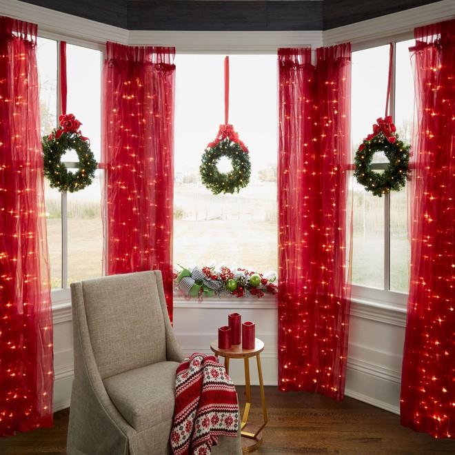 Các ý tưởng hay ho trang trí cửa sổ mừng Giáng sinh - Nhà Đẹp Số (16)