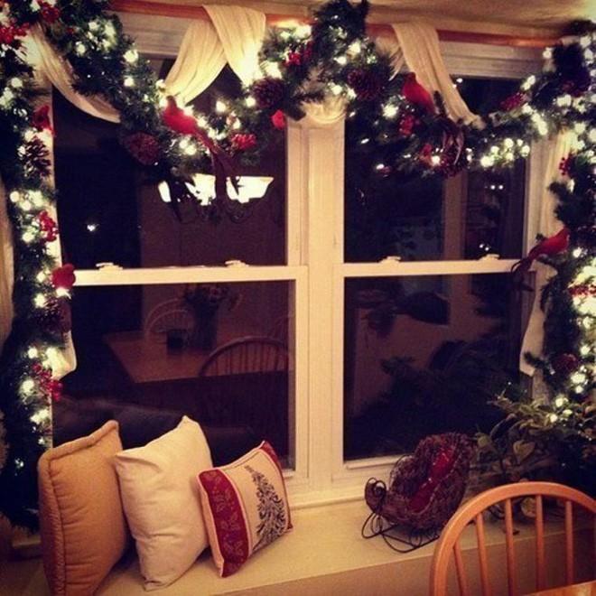 Các ý tưởng hay ho trang trí cửa sổ mừng Giáng sinh - Nhà Đẹp Số (4)