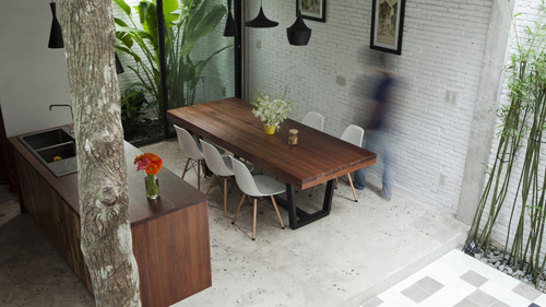 Minimalist street house on the outskirts of Saigon is praised for its green design - Beautiful House (8)