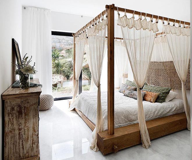 Không gian phòng ngủ thêm thơ mộng nhờ kiểu giường canopy - Nhà Đẹp Số (11)
