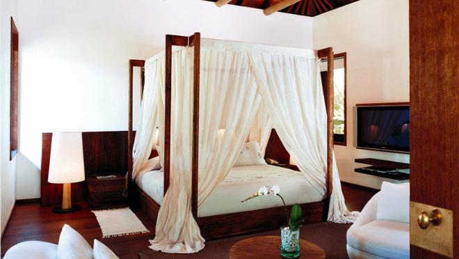 Không gian phòng ngủ thêm thơ mộng nhờ kiểu giường canopy - Nhà Đẹp Số (7)