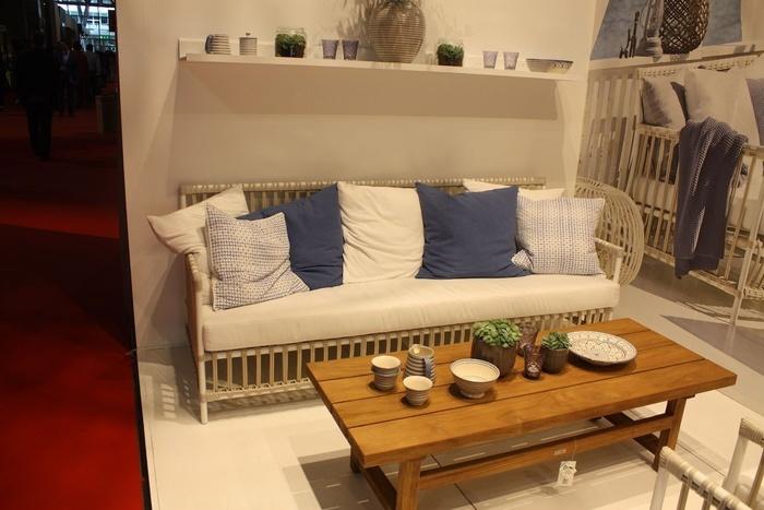 Các nguyên tắc khi đặt ghế sofa trong không gian phòng khách - Nhà Đẹp Số (3)