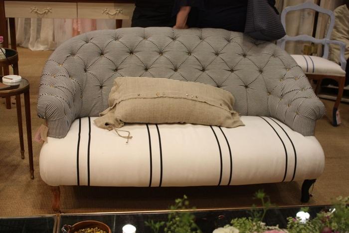 Các nguyên tắc khi đặt ghế sofa trong không gian phòng khách - Nhà Đẹp Số (8)