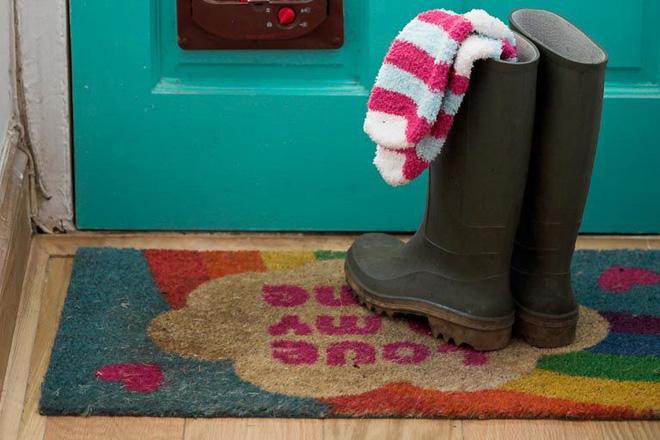 Cách làm sạch sàn gỗ cực hiệu quả lại đơn giản dễ làm - Nhà Đẹp Số (2)