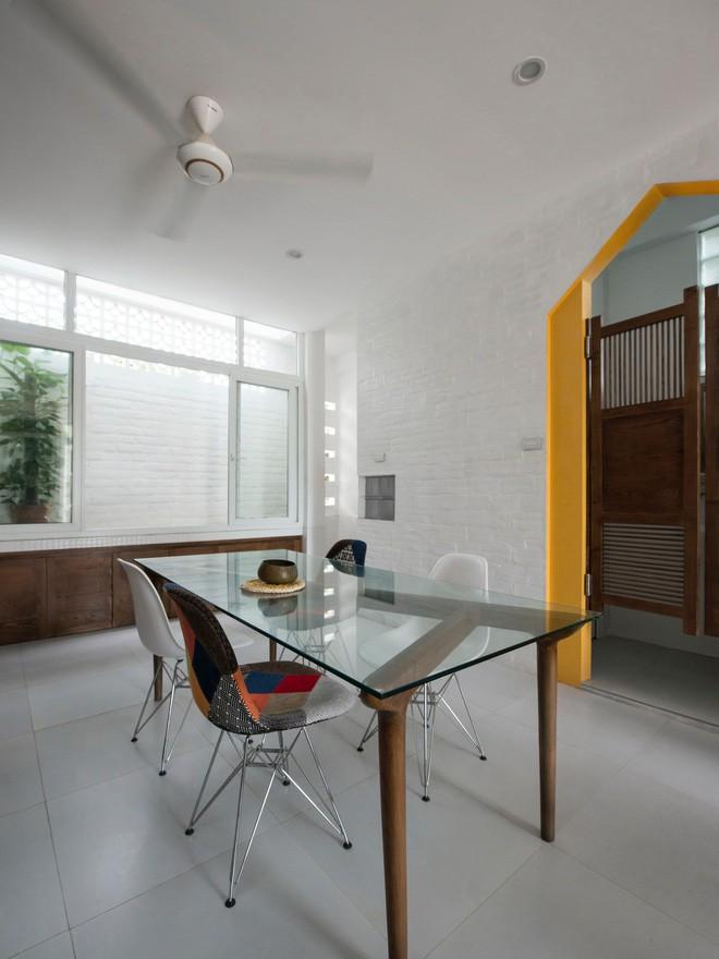 Ngỡ ngàng ngôi nhà đẹp 3 tầng trên mảnh đất xéo ngoại ô Hà Nội - Nhà Đẹp Số (12)