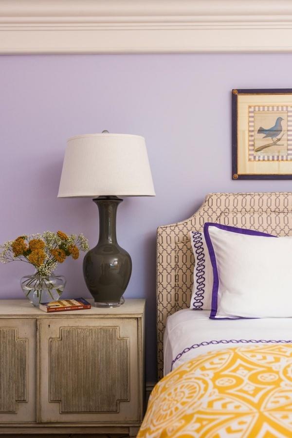 Trang trí phòng ngủ lãng mạn với gam tím mộng mơ - Nhà Đẹp Số (5)
