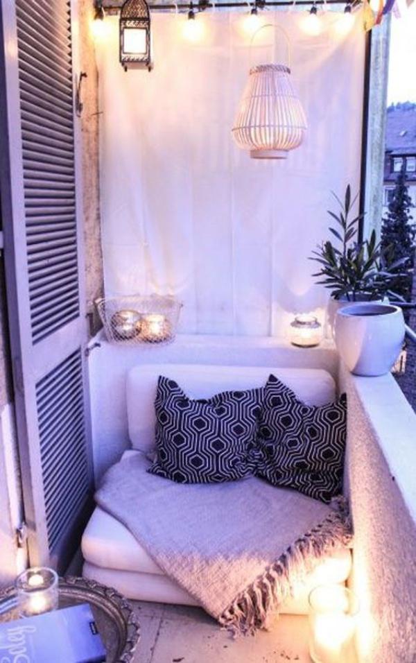 Những mẫu ban công đẹp lung linh nhờ trang trí với đèn - Nhà Đẹp Số (13)