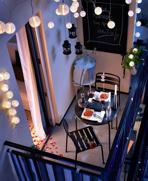 Những mẫu ban công đẹp lung linh nhờ trang trí với đèn - Nhà Đẹp Số (7)
