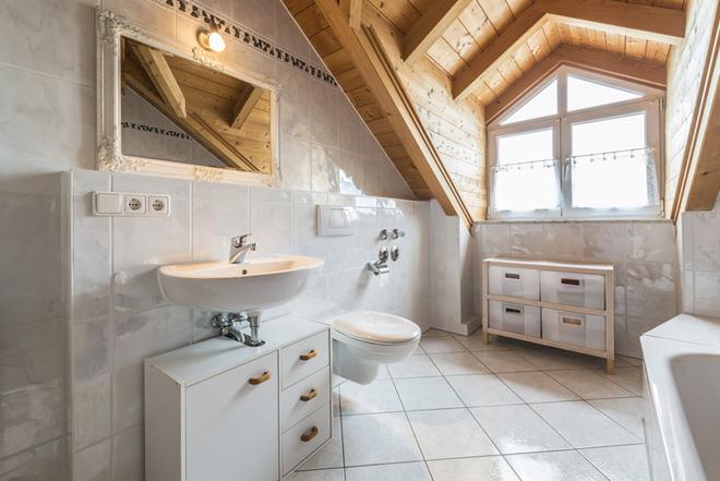 Những mẫu phòng tắm gác mái đẹp ngây ngất ai cũng ao ước sở hữu - Nhà Đẹp Số (3)