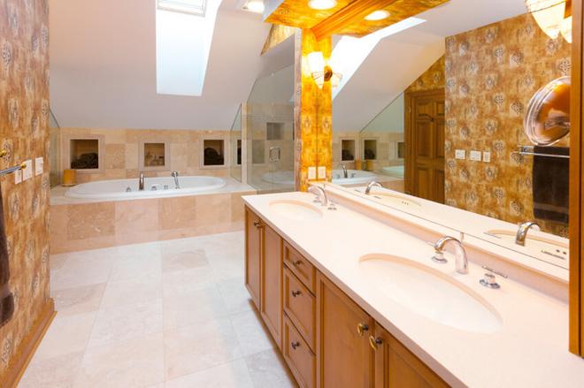 Những mẫu phòng tắm gác mái đẹp ngây ngất ai cũng ao ước sở hữu - Nhà Đẹp Số (6)