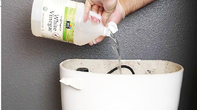 6 việc cần làm khi dọn vệ sinh nhà tắm - Nhà Đẹp Số (4)