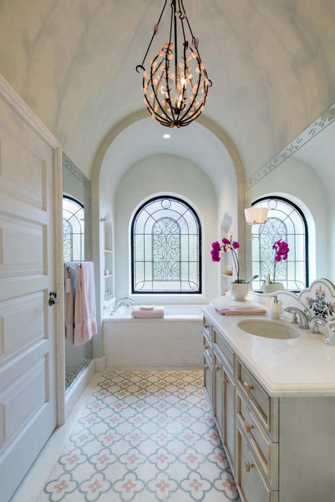 Các mẫu phòng tắm mang đậm hơi thở vùng Địa Trung Hải nắng gió - Nhà Đẹp Số (11)