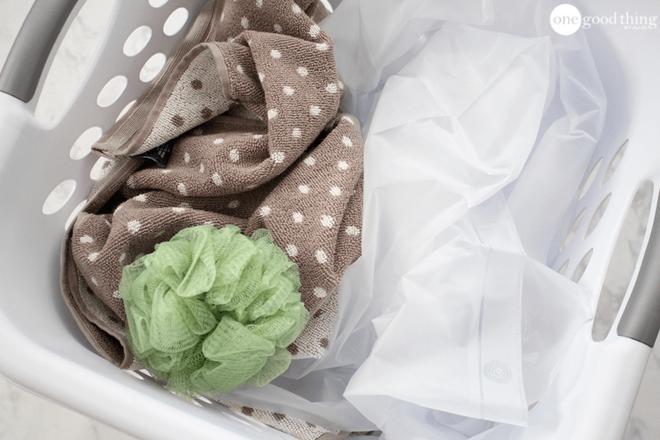 Khi vệ sinh nhà tắm không được quên dọn dẹp 8 thứ này - Nhà Đẹp Số (2)