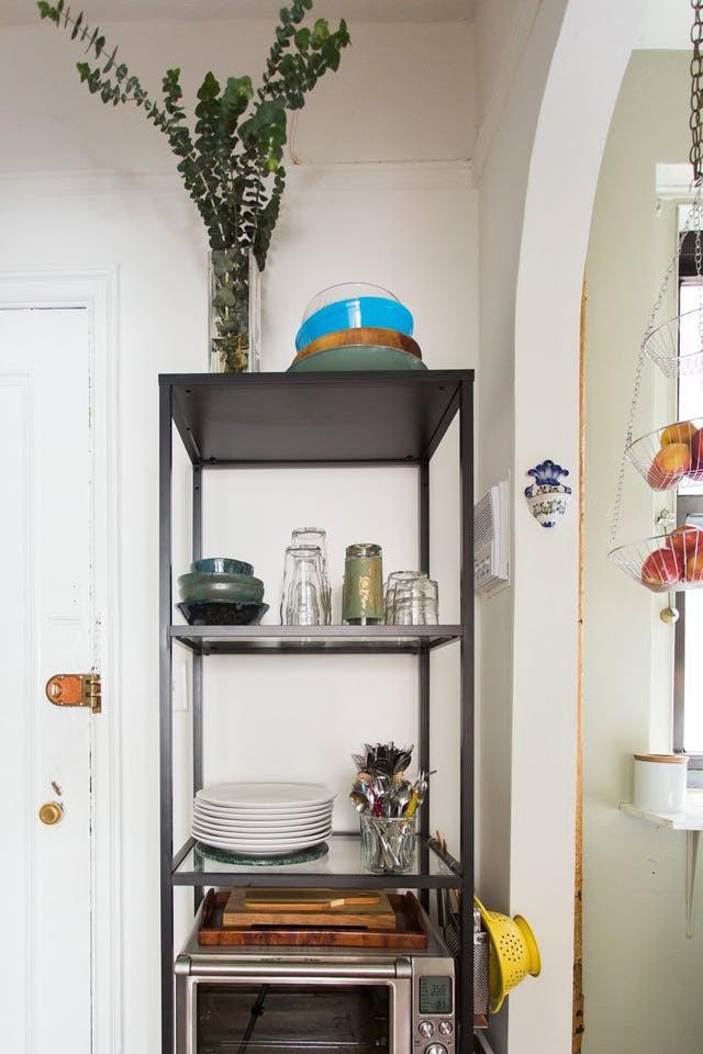 Không gian phòng bếp nhỏ chẳng lo vì đã có 10 cách lưu trữ cực thông minh này - Nhà Đẹp Số (3)