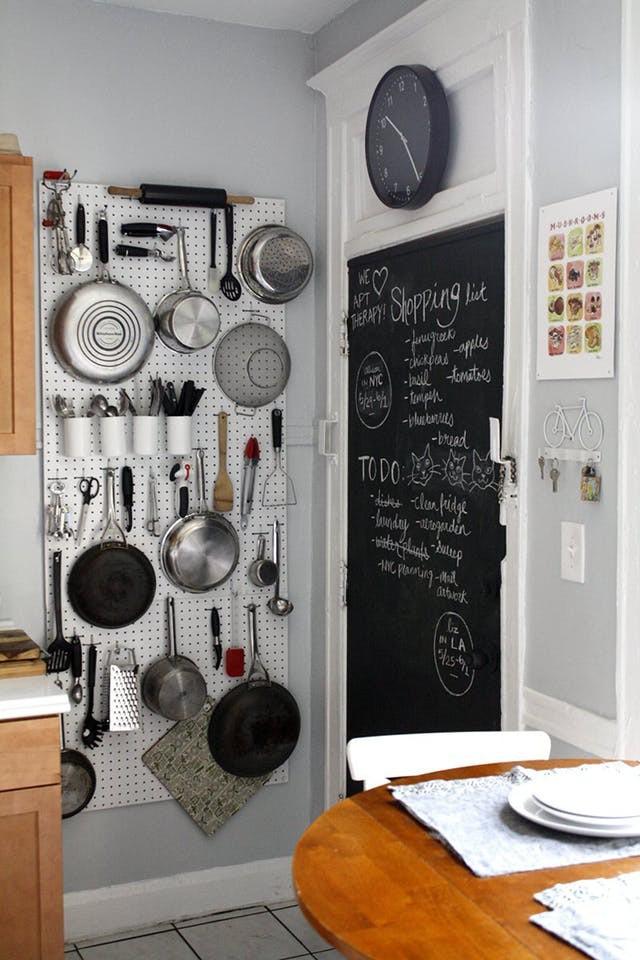 Không gian phòng bếp nhỏ chẳng lo vì đã có 10 cách lưu trữ cực thông minh này - Nhà Đẹp Số (5)