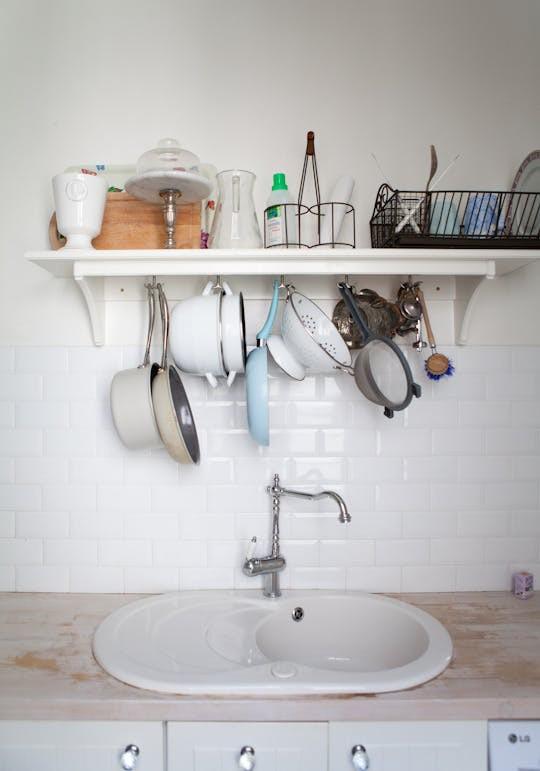 Không gian phòng bếp nhỏ chẳng lo vì đã có 10 cách lưu trữ cực thông minh này - Nhà Đẹp Số (8)