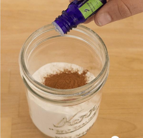 Khử mùi cho thảm bằng mẹo vặt với baking soda - Nhà Đẹp Số (5)