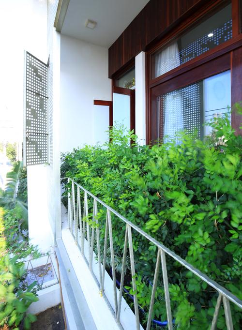 Ánh sáng tự nhiên ngập đầy nhà ống 3 tầng ở Phan Thiết - Nhà Đẹp Số (2)
