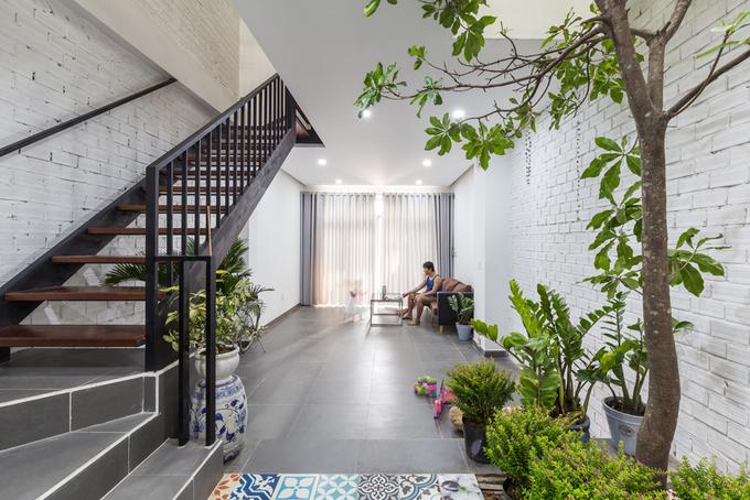 Gần 900 triệu hoàn thiện ngôi nhà phố 4 tầng khang trang ở quận 9, Sài Gòn - Nhà Đẹp Số (2)