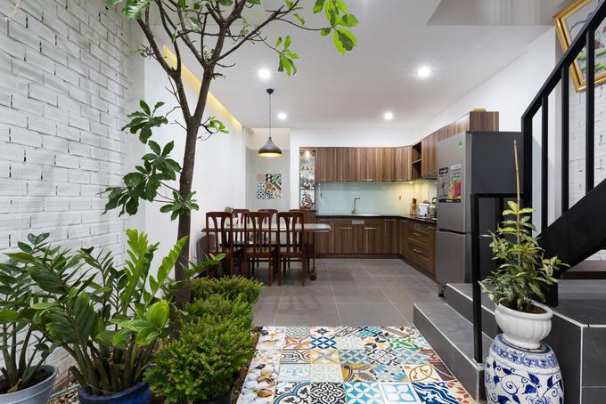 Gần 900 triệu hoàn thiện ngôi nhà phố 4 tầng khang trang ở quận 9, Sài Gòn - Nhà Đẹp Số (6)