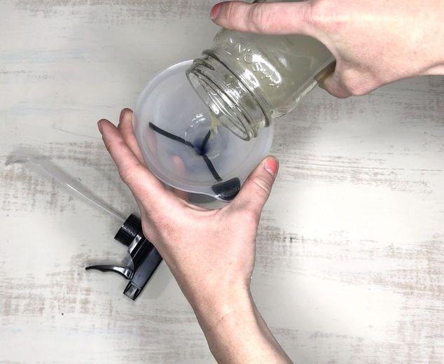 4 mẹo vặt khử mùi nước tiểu chó mèo với các nguyên liệu sẵn có - Nhà Đẹp Số (1)