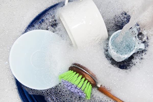 8 lỗi vệ sinh nhà bà nội trợ nào cũng mắc phải - Nhà Đẹp Số (7)