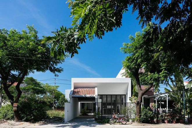 Hiện đại và truyền thống giao thoa trong ngôi nhà vườn đẹp ở Hội An - Nhà Đẹp Số (1)